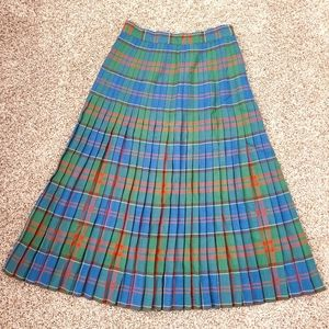 Vtg High Waisted Pleated Plaid Skirt